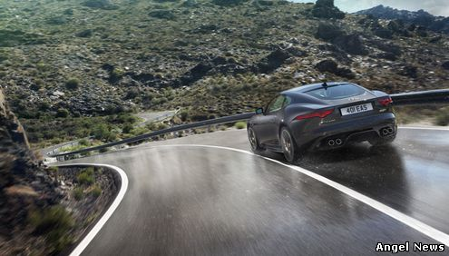 Jaguar and Land Rover Debuts New Models and Technology Advancements at 2014 Los Angeles Auto Show
